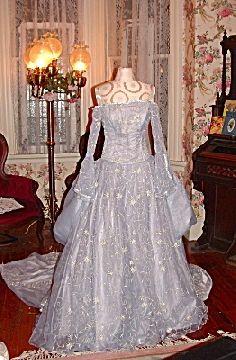 rennaissance wedding gowns