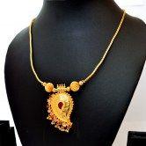 elegant-necklace-with-mango-pendant