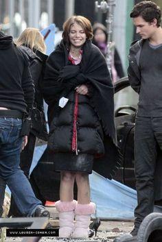 Rose Vampire Diaries, Maggie Greene, Lauren Cohan, Attack On Titan Levi, City Scene, The Walking Dead, Ugg Boots, Winter Jackets, Fan Art