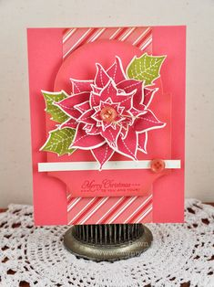 Incredibly lovely layered poinsettia on this vibrant holiday card. #card #Christmas #handmade #scrapbooking #poinsettia #flowers