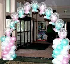Arco con globos color pastel