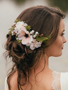 Annabelle Flower Hair Comb