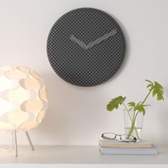 It's time to update your walls with a fun and stylish new clock. This is SIPPRA.