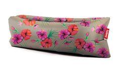 Pouf Lamzac® the original / Gonflable - L 200 cm Hawaï taupe - Fatboy - Décoration et mobilier design avec Made in Design