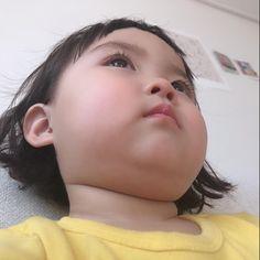 Cute Asian Babies, Korean Babies, Asian Kids, Cute Baby Girl Pictures, Cute Girl Pic, Cute Love, Cute Baby Meme, Baby Memes, Cute Little Baby
