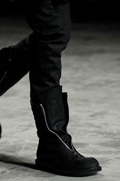 RICK OWENS 2 018 black leather zipper shoe zipped military boots 12 45 NEW Mode Shoes, Men's Shoes, Shoe Boots, Dark Fashion, Urban Fashion, Women's Fashion, Dystopian Fashion, Wingtip Shoes, Mens Boots Fashion