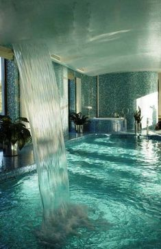 This will be my bathroom. Luxury Swimming Pools, Amazing Swimming Pools, Above Ground Swimming Pools, Luxury Pools, Dream Pools, Swimming Pool Designs, Luxury Spa, Luxury Decor, Luxury Villa