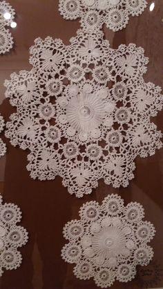 Crochet Lace Edging, Filet Crochet, Irish Crochet, Crochet Doilies, Crochet Patterns, Handmade Crafts, Diy And Crafts, Crochet Tablecloth, Projects To Try