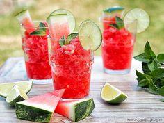 Melounová tříšť Fun Cocktails, Summer Drinks, Cocktail Recipes, Bulgarian Recipes, Bulgarian Food, Watermelon Mojito, Make Simple Syrup, Mojito Cocktail, Mojito Recipe
