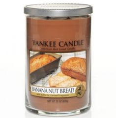 Nut Bread - Yankee Candle - Sit back and enjoy this tasty pairing of toasted walnuts and just-peeled bananas.Banana Nut Bread - Yankee Candle - Sit back and enjoy this tasty pairing of toasted walnuts and just-peeled bananas. Yankee Candle Scents, Yankee Candles, Best Smelling Candles, Candle Accessories, Banana Nut Bread, Candle Warmer, Fall Scents, Large Candles, Perfume