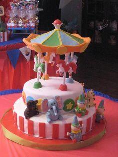 Cake at a Circus Party #circus #party