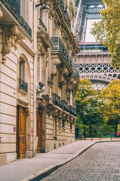 The 22 best photo locations in Paris for capturing the most instagrammable shots of the city