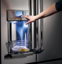 Make measuring easy with the Precise Fill feature on our GE Cafe Series French Door Refrigerator.