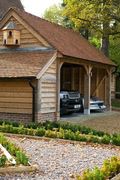 an oak frame garage by Border Oak