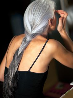 I know some who say that once you are older you should keep your hair short, but I personally love long gray hair. It is so beautiful and elegant. Love this picture!