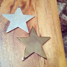 New star pendant in gold and silver plated. Made in Spain. New Star, Star Pendant, Silver Plate, Plating, Spain, Symbols, How To Make, Gold, Diy