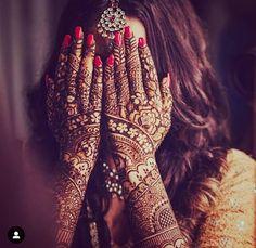 Best idea for bridal mehendi for wedding. Mehndi Designs Book, Latest Bridal Mehndi Designs, Full Hand Mehndi Designs, Mehndi Designs For Girls, Mehndi Design Photos, Wedding Mehndi Designs, Dulhan Mehndi Designs, Indian Wedding Mehndi, Mehndi Images