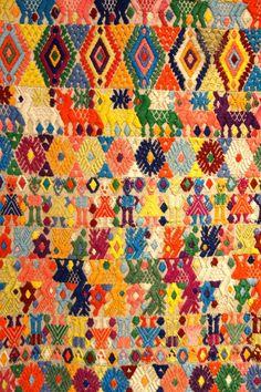 Resultado de imagen para trajes tipicos de guatemala