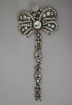Pendant or stomacher ... France 18th century