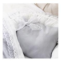 Babynest med kudde och täcke