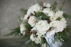 Editor Lindsay Irvin reveals her 12 favorite wedding bouquets from 2012.