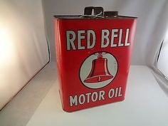 RED BELL  2 GAL VINTAGE MOTOR OIL TIN CAN ADVERTISING EXC CON  AUTOMOBILIA 824-U