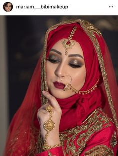 #hijabibride Muslimah Wedding Dress, Disney Wedding Dresses, Hijab Bride, Muslim Brides, Pakistani Wedding Dresses, Bridal Dresses, Pakistani Bridal Makeup, Indian Bridal, Bridal Hijab Styles