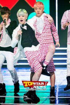B.A.P's Zelo and Bang Yong Guk, 'Bang Yong Guk looks exhaused' [KPOP]