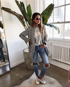 date outfit fall casual Sincerely Jules, Winter Mode Outfits, Winter Fashion Outfits, Autumn Fashion, Trendy Fashion, Fall Outfits, Blazer Jeans, Plaid Blazer, Blazer Outfits For Women