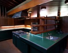 Lautner House-kitchen @peter bayer  you need to see this movie! i think the house is close, we could try to go visit!