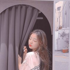 `♧° Itzy Lia icon Heart it♡ and credit me if you use on whi <br> Kpop Aesthetic, Aesthetic Girl, My Girl, Cool Girl, Kawaii, Grunge Hair, Ulzzang Girl, K Pop, Types Of Fashion Styles