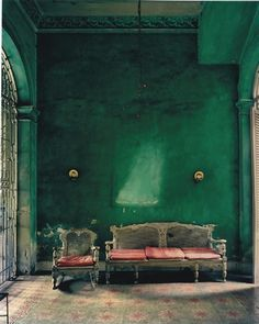 http://fromglasgowwithlove.files.wordpress.com/2011/03/old-fashioned-green.jpg  #lifeinstyle#greenwithenvy
