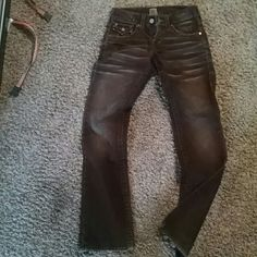 True religion chocolate cords True religion choc cords with a little flare at bottom. Size 28 True Religion Jeans Boot Cut