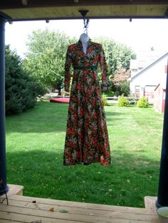 #Craftshout Vintage Floral Granny Dress  Gown by jonscreations on Etsy