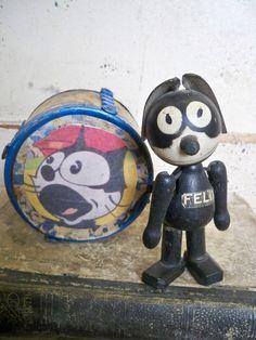 Antique 1920's SCHOENHUT Vintage Felix The Cat  Wood Toy with Felix  tin drum