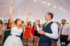Hand in the air bride and Groom #weddingphotography / from truephotography.com