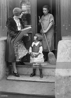 News Photo : Census taker Marie Cioffi is shown here obtaining...
