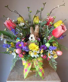 """EASTER EGG PATCH"" - Decorative Easter/Spring Bunny Basket Tabletop Floral Arrangement by DecorClassicFlorals, $ 74.95 on Etsy"
