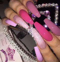 Pink nails 💅🏽 always a fave Manicure Natural, Aycrlic Nails, Stiletto Nails, Fire Nails, Best Acrylic Nails, Nagel Gel, Gorgeous Nails, Trendy Nails, Nails On Fleek