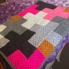 #grannysquare #crochetbabyblanket #crosscrochet crocheted pink and grey granny square baby blanket created for my niece