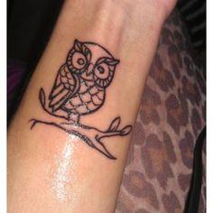 Simple Owl Tattoo Outline Simple owl tattoo idea