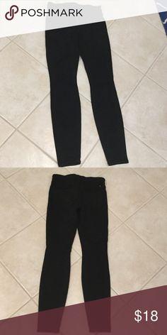 "Black Lucky Brand Jeans Pair of 00/24 (Inseam 29"") Black Lucky Brand Jeans - Feels Soft, Not Stiff Jeans Skinny"