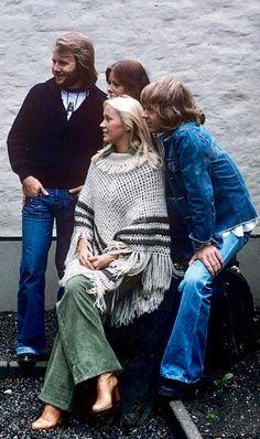 ABBA Abba Mania, Robert Shaw, Band Wallpapers, Queen Band, Popular Music, King Queen, Pop Group, Michael Jackson, Rock And Roll
