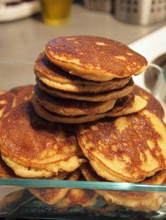 almond flour pancakes  1 cup almond flour 1 large egg 2 tsp vanilla 1 tsp baking soda 1 tsp salt mix-in of choice