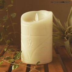 ワーゲンバスをハンドカービングしたLEDキャンドルを発売中ですゆらゆら揺れる炎とバニラの香りに癒やされます毎日自動で点灯するタイマー機能もありワイヤレスリモコン付きで500時間点灯煙も出ずに安全でワーゲン好きな方へのギフトにオススメです #vw #volkswagen #vwtype2 #aircooledvw #led #candle #candles #ledcandle #ledcandles #pillarcandle #candlelight #candlelover #キャンドル #LEDキャンドル #ピラーキャンドル #雑貨 #アメリカン雑貨 #ホリデーギフト #プレゼント #ワーゲン #ワーゲングッズ #ワーゲンバス #鳩ヶ谷ベース