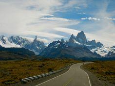 Road to El Chaltèn