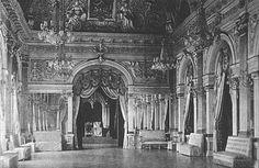 Bucuresti - vechea sala a tronului din palatul regal