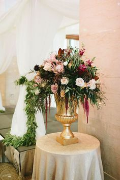 Wedding Decorators In Md Bohemian Chic Focal Piece In A Gold Urn To Flank Either Side Of Altar