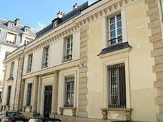 Hôtel de Mademoiselle Mars (1820) 1 rue de la Tour-des-Dames et 7 rue de La Rochefoucauld Paris 75009. Architecte : Louis Visconti.