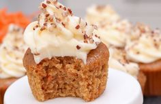 Carrot Cake Cupcakes- moist, fluffy // Divas Can Cook Easy Carrot Cake, Moist Carrot Cakes, Carrot Cake Cupcakes, Easy Cupcake Recipes, Homemade Desserts, Frosting Recipes, Cookie Recipes, Cheesecake Frosting, Carrot Cake Cheesecake